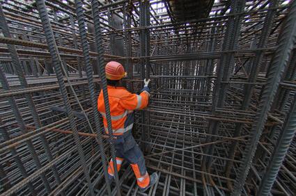 GESTIONE CANTIERE E SICUREZZA: nell'edilizia pratica cosa verificare per la sicurezza di un ponteggio fisso?