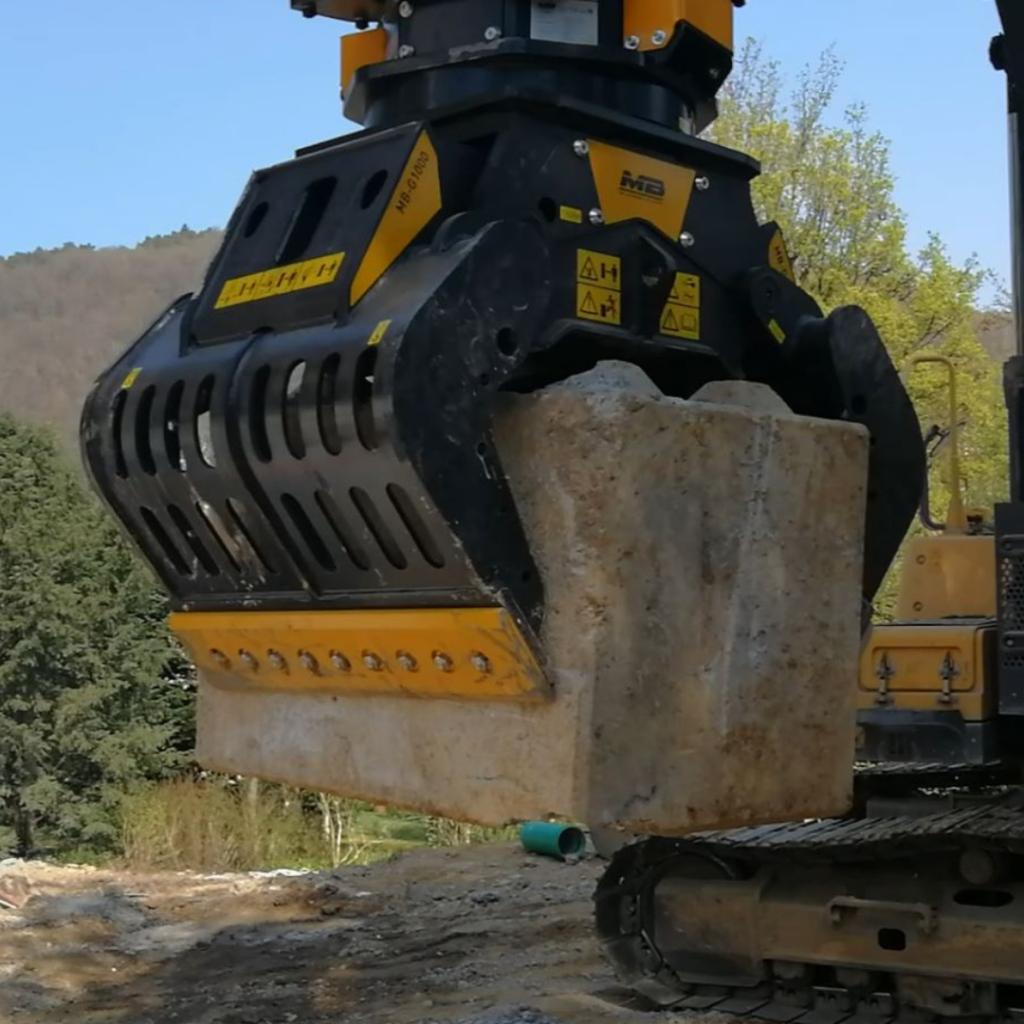 MB Crusher presenta la nuova pinza selezionatrice MB-G1000 per escavatori dalle 18 alle 25 tonnellate